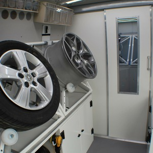SMARTvan wheel repair benches